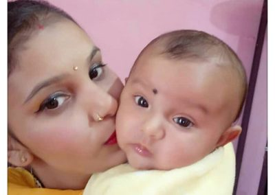 happy-mother-and-baby2